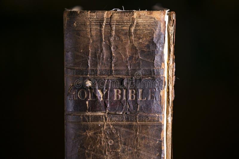 Sluit omhoog Detail van Oude Bijbel royalty-vrije stock fotografie