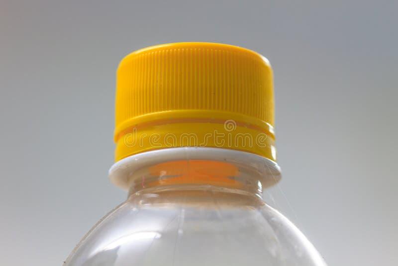 Sluit omhoog fles water stock foto's