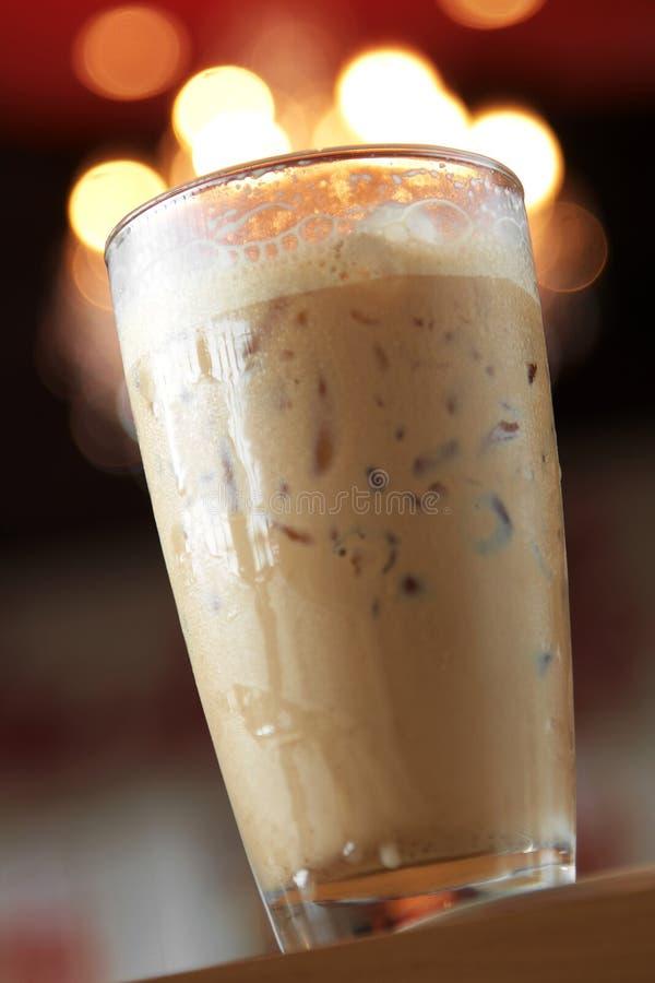 Sluit omhoog koude cappuccino royalty-vrije stock foto's