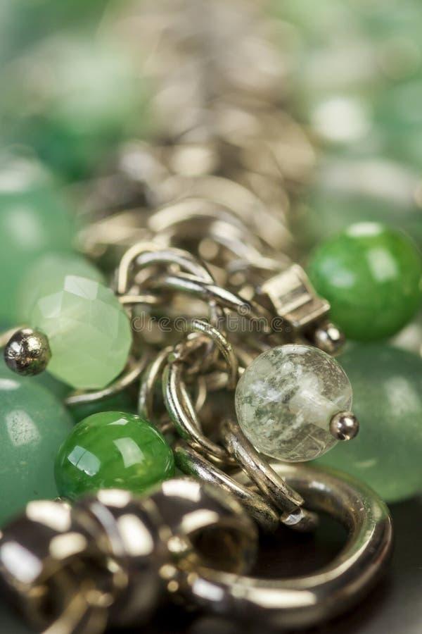 Sluit omhoog mening van mooie juwelen stock afbeelding