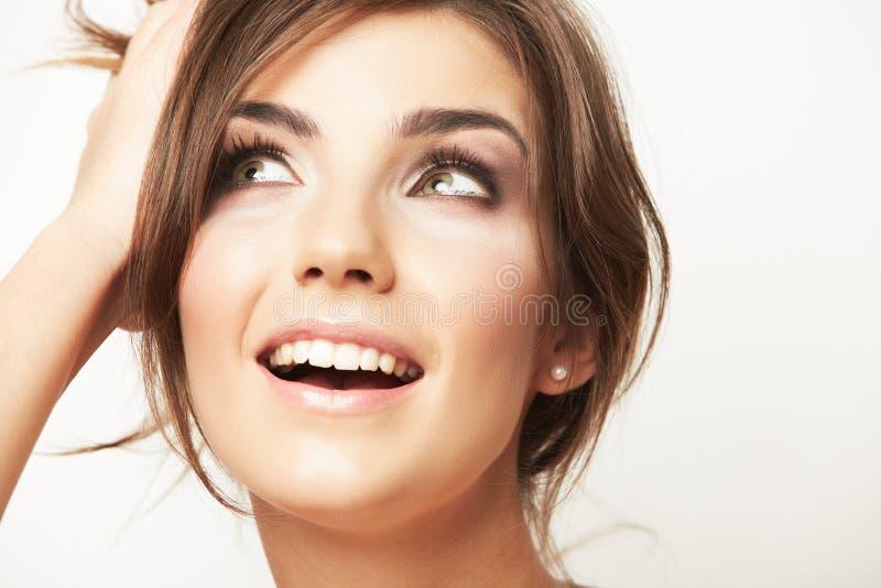 Sluit omhoog portret van mooi jong vrouwengezicht stock foto