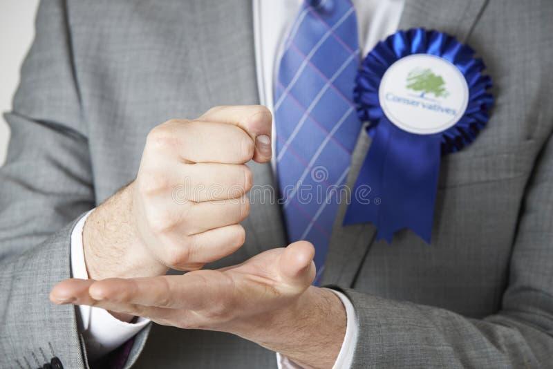 Sluit omhoog van Conservatieve Politicus Making Passionate Speech royalty-vrije stock afbeelding
