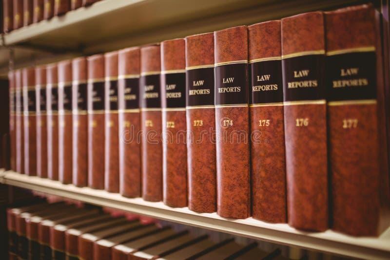 Sluit omhoog van heel wat wetsrapporten stock afbeeldingen