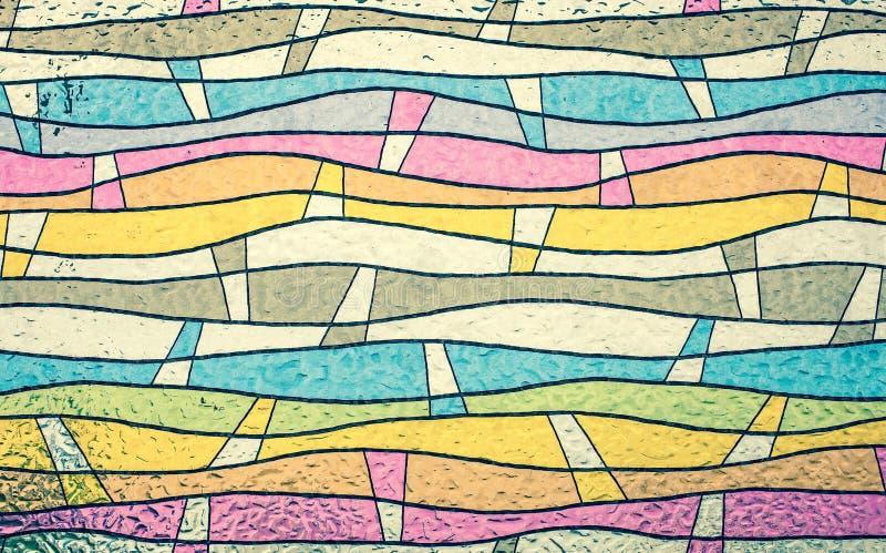 Sluit omhoog van kleurrijk gebrandschilderd glas, abstracte uitstekende achtergrond stock afbeeldingen