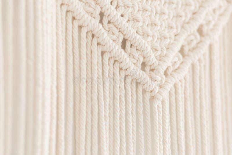 Sluit omhoog van met de hand gemaakt katoenen macramépaneel Textuur Achtergrond royalty-vrije stock foto