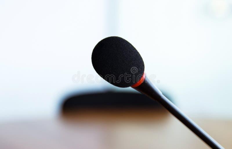 Sluit omhoog van microfoon royalty-vrije stock afbeelding