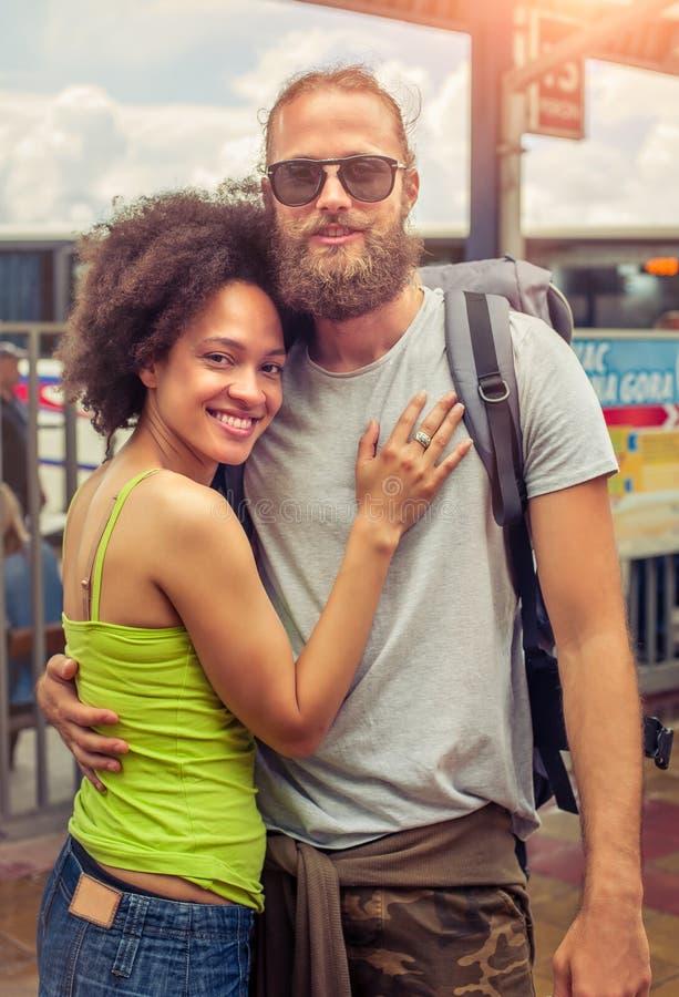 Sluit omhoog van romantisch paar in liefde stock foto