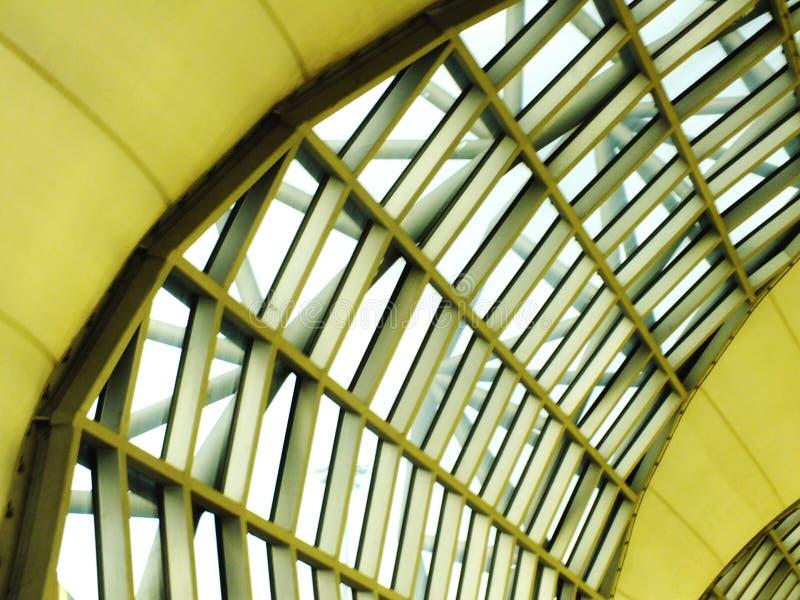 Sluit omhoog van vensterglas de achtergrond van de de bouwluchthaven royalty-vrije stock foto