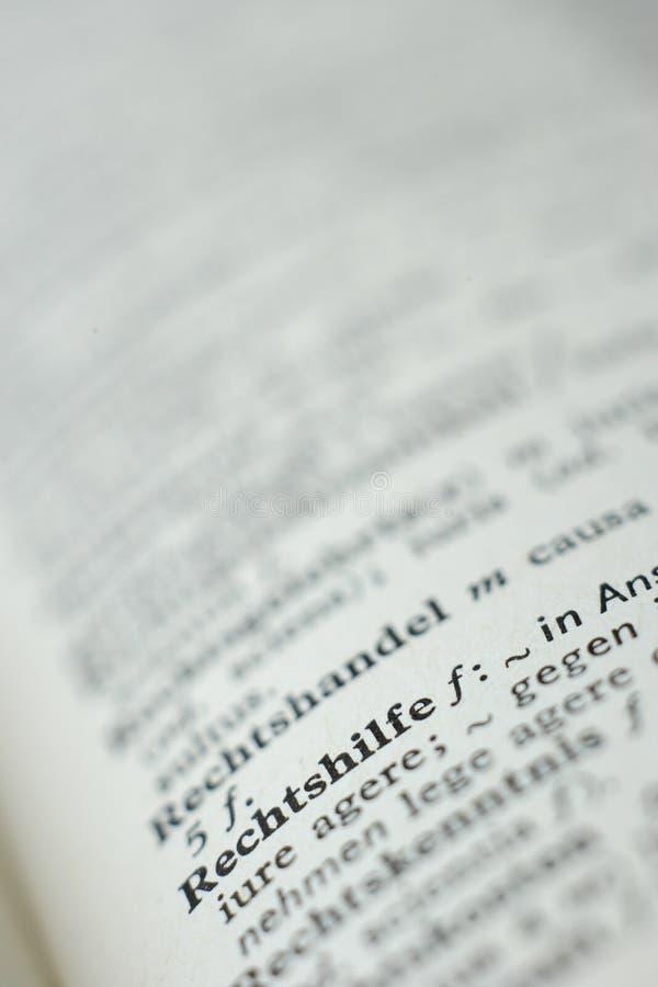 Sluit omhoog van woordenboekpagina stock foto's