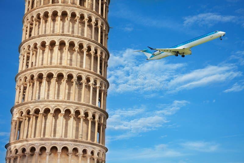 Sluit spruit van een deel van de toren w van Pisa royalty-vrije stock fotografie