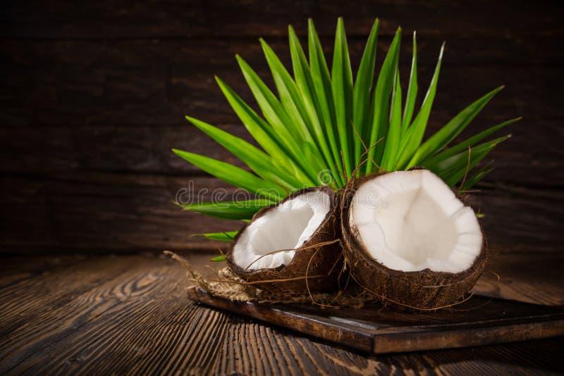Sluit van omhoog kokosnoten stock afbeeldingen