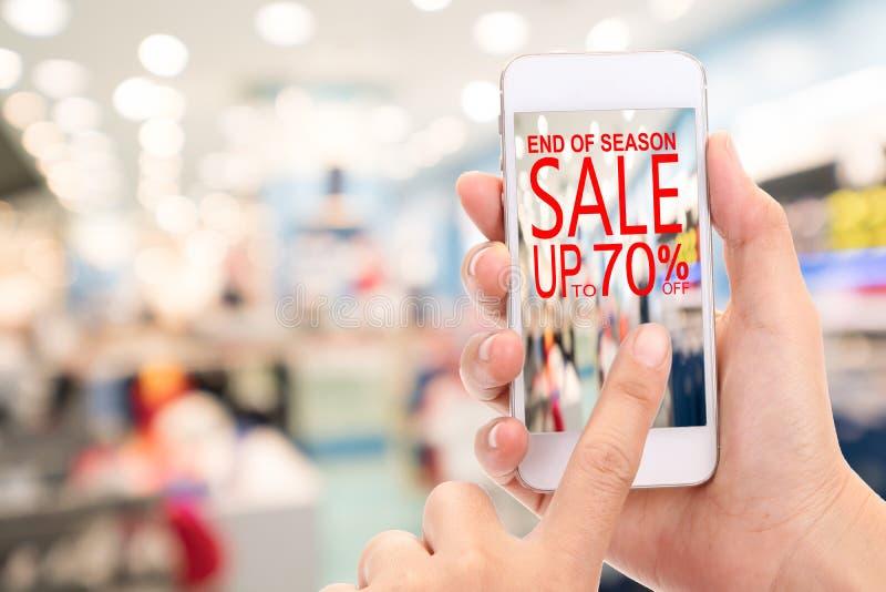 Slut av konsumenten Shopp för rabatt för säsongSale upp till 70% befordran arkivfoto