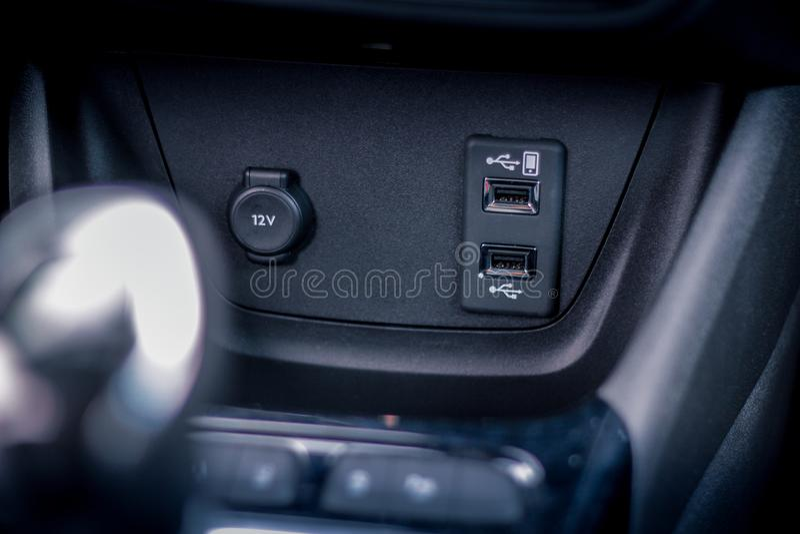 Slut för bilusb-switcher upp royaltyfri fotografi