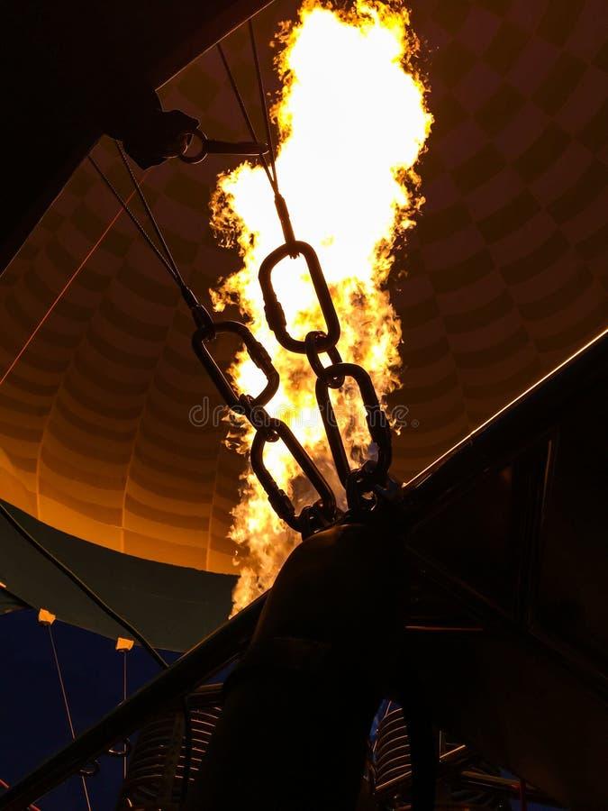 Slut för inhalation för ballong för varm luft upp arkivfoto