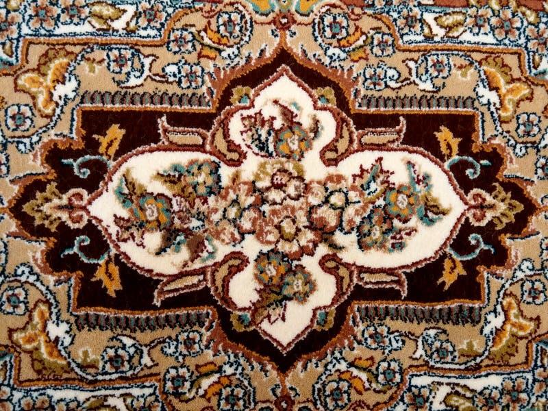 Slut för persisk matta upp royaltyfria foton