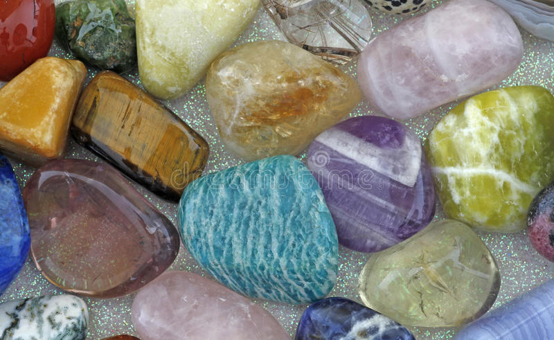 Slut upp av att läka kristaller arkivfoton