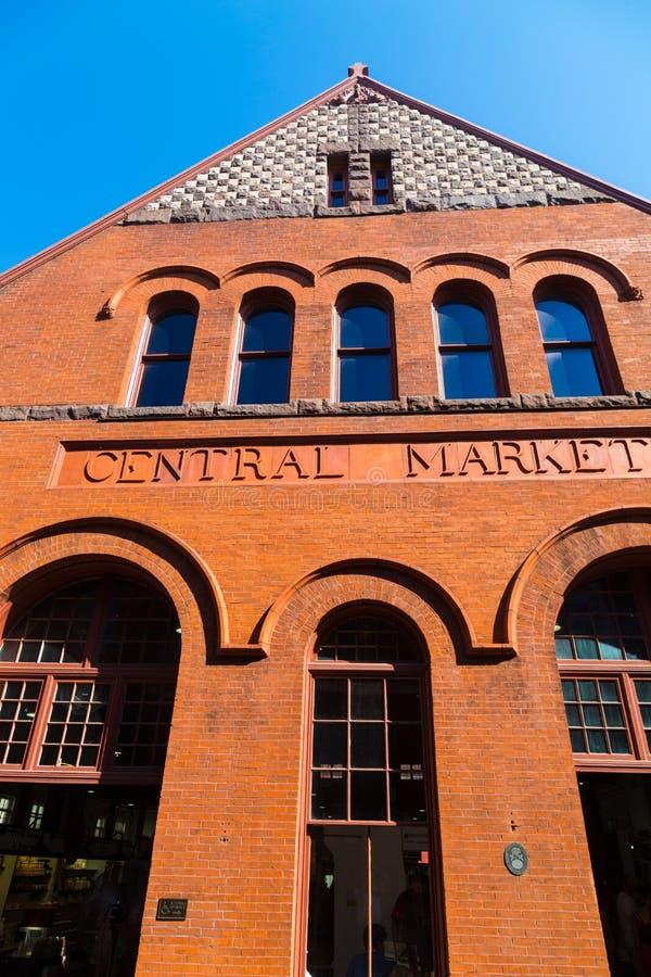 Slut upp av byggnad för central marknad arkivbilder