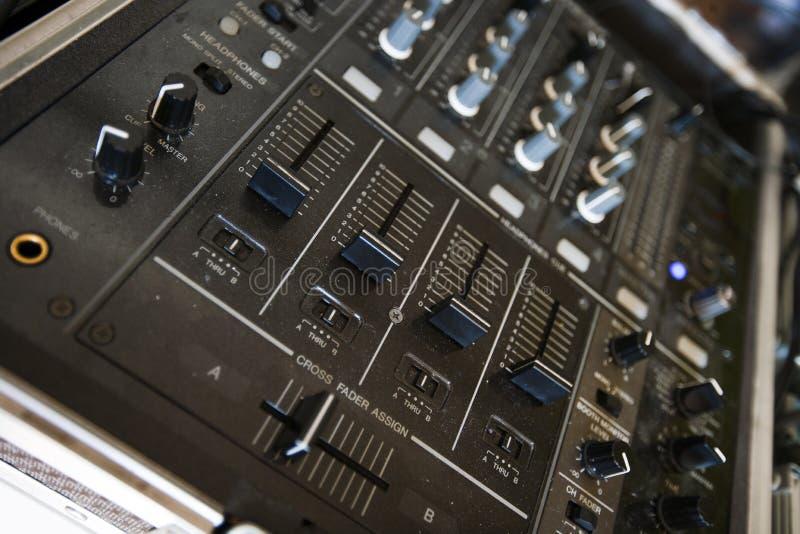 Slut upp av den ljudsignal konsolen arkivbild