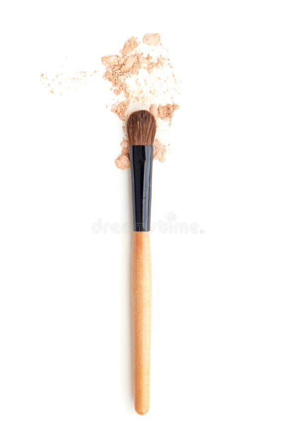 Slut upp av makeupborsten och ögonskugga arkivfoton