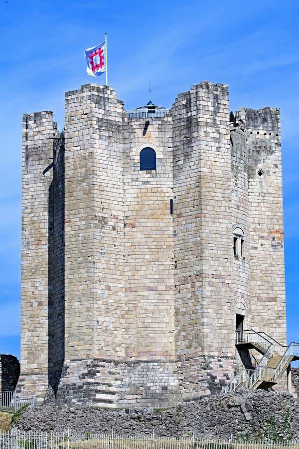 Slut upp av uppehället för Conisbrough slott` s på den första dagen av hösten arkivfoton