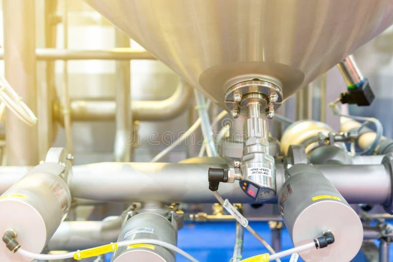Slut upp för tryckkontroll för hög precision den digitala strömbrytaren för kokkärl för ånga för vattenvärmeapparat och rör eller royaltyfria foton