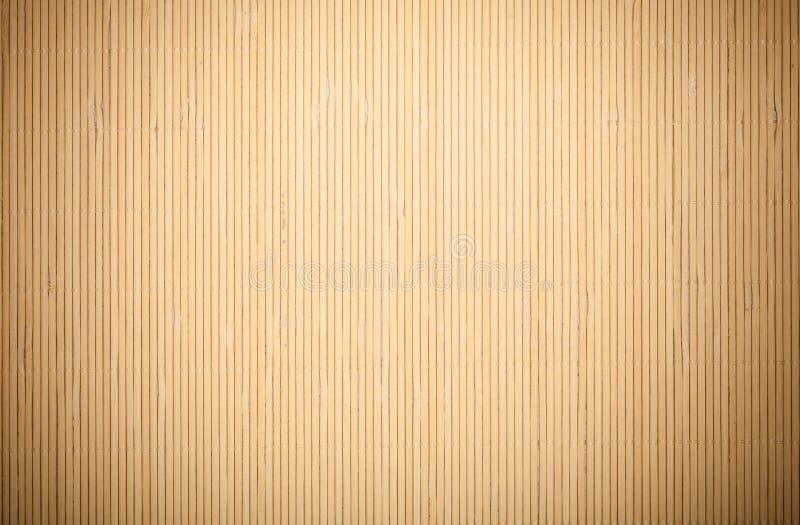 Slut upp modell för textur för bakgrund för beigabruntbambu matt randig royaltyfri foto