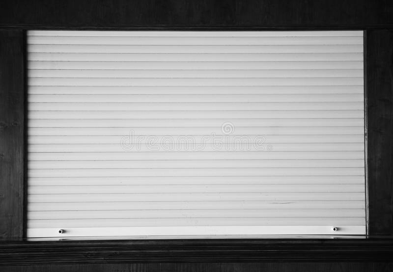 Slutare på shoppafönstret fotografering för bildbyråer