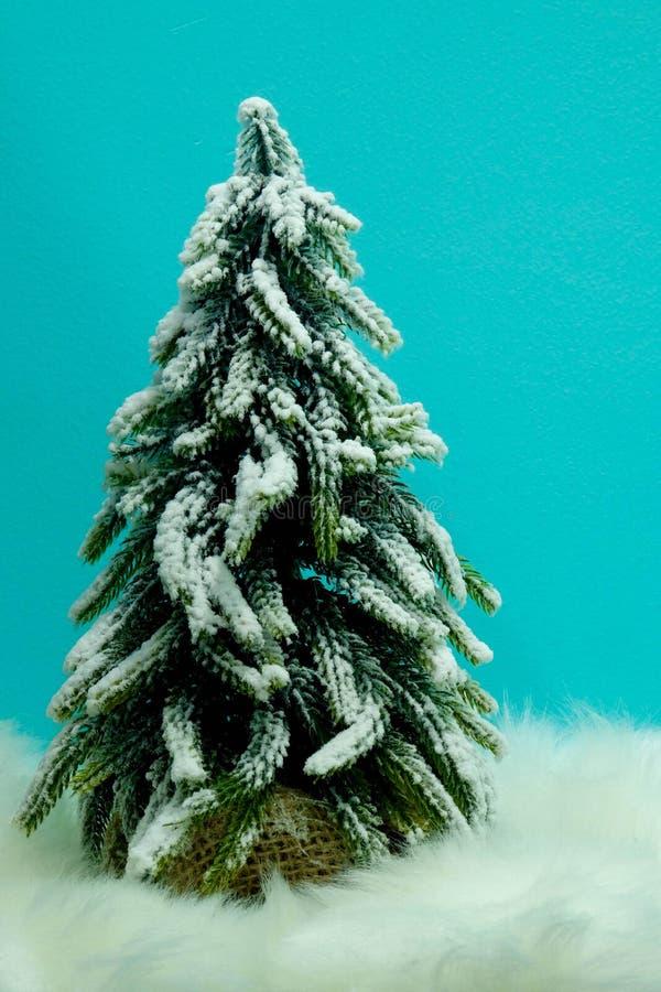 Slutet för jul Tree arkivfoto