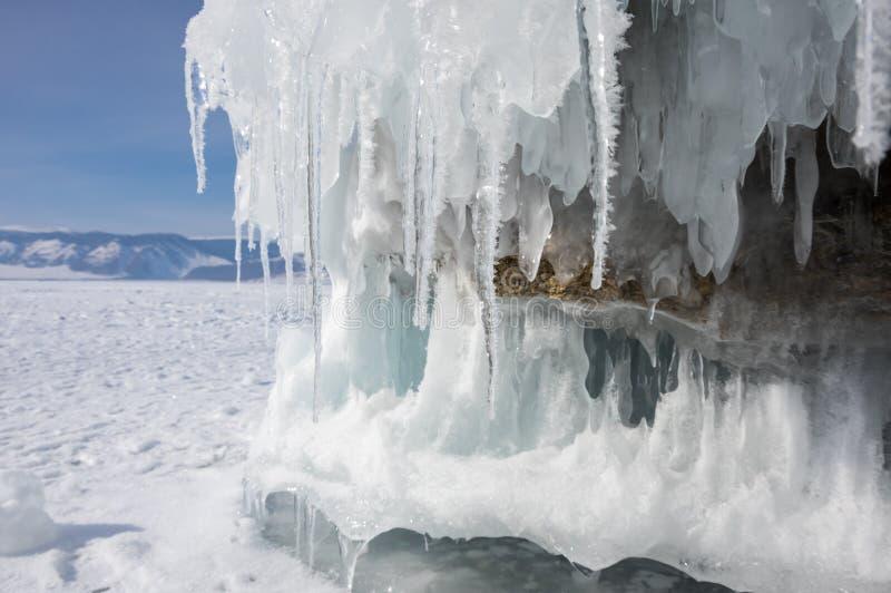 smältande vinter för baikal islake arkivfoto