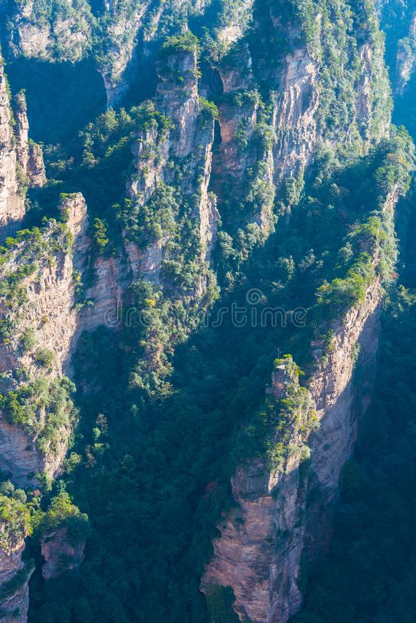 Smärre Zhangjiajie wulingyuan royaltyfria foton