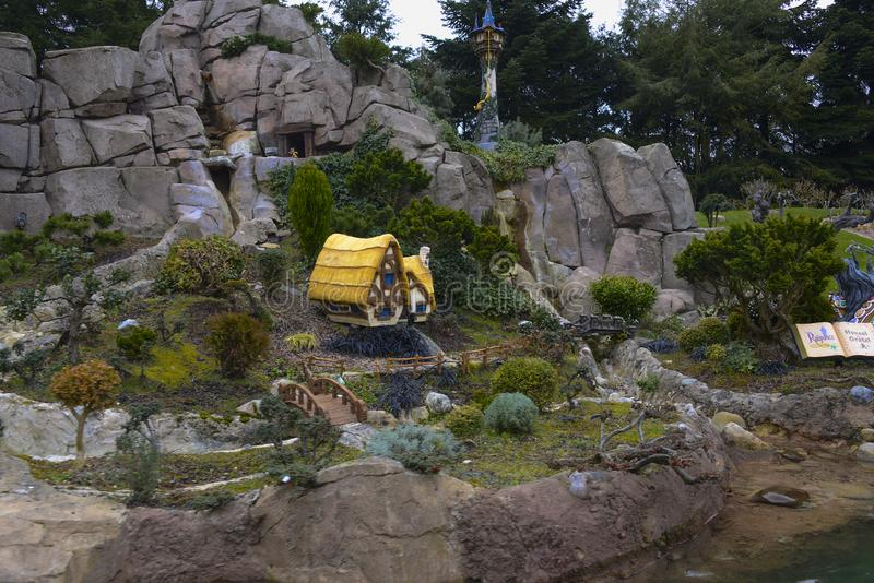Små modeller av sagor Disney i Disneyland, Paris arkivfoton