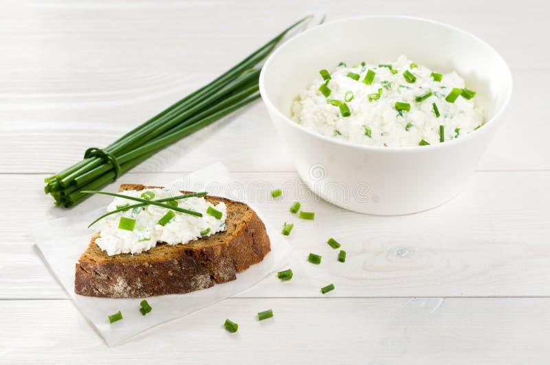 Smörgås med gräddost arkivbild