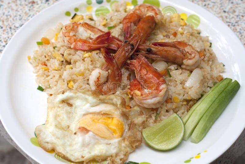 smażący ryżu fertanie zdjęcie stock