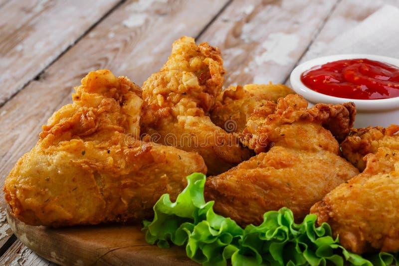 smażone kurczaki skrzydła obrazy stock