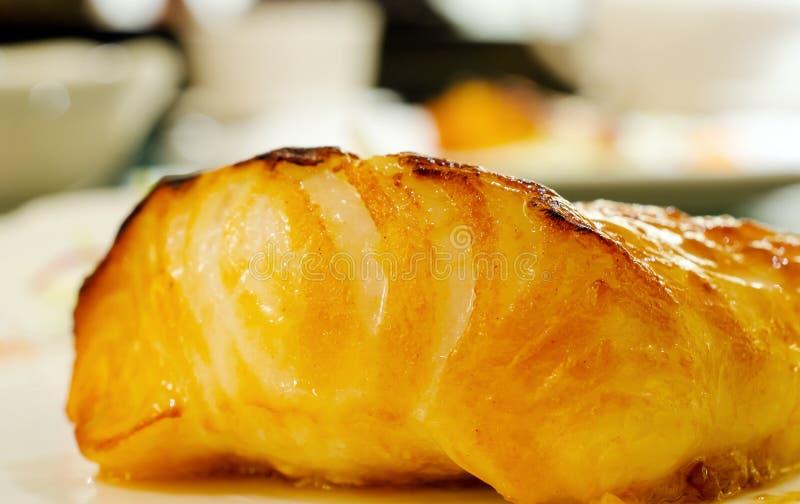 Download Smażona dorsz ryba obraz stock. Obraz złożonej z dine - 57661585