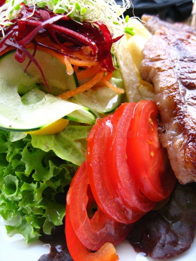 Smakelijk lapje vlees met groenten royalty-vrije stock afbeeldingen