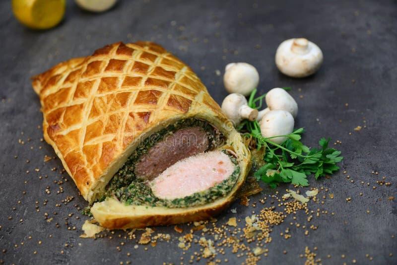 Smakelijk Rundvlees Wellington royalty-vrije stock afbeelding