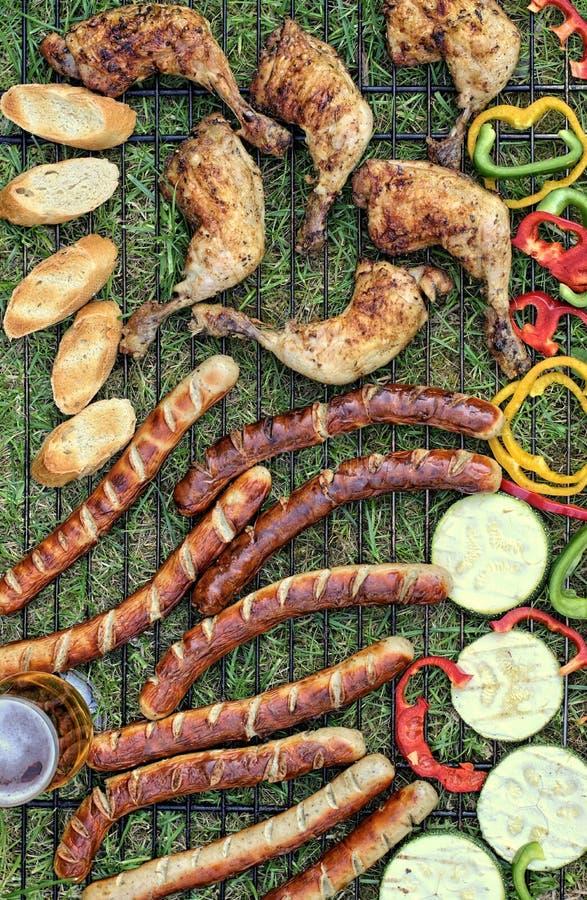 Smakelijk voedsel, voeding, culinair en barbecueconcept royalty-vrije stock fotografie