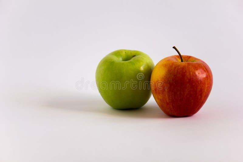 Smakelijke Rode en Groene Appelen royalty-vrije stock afbeelding