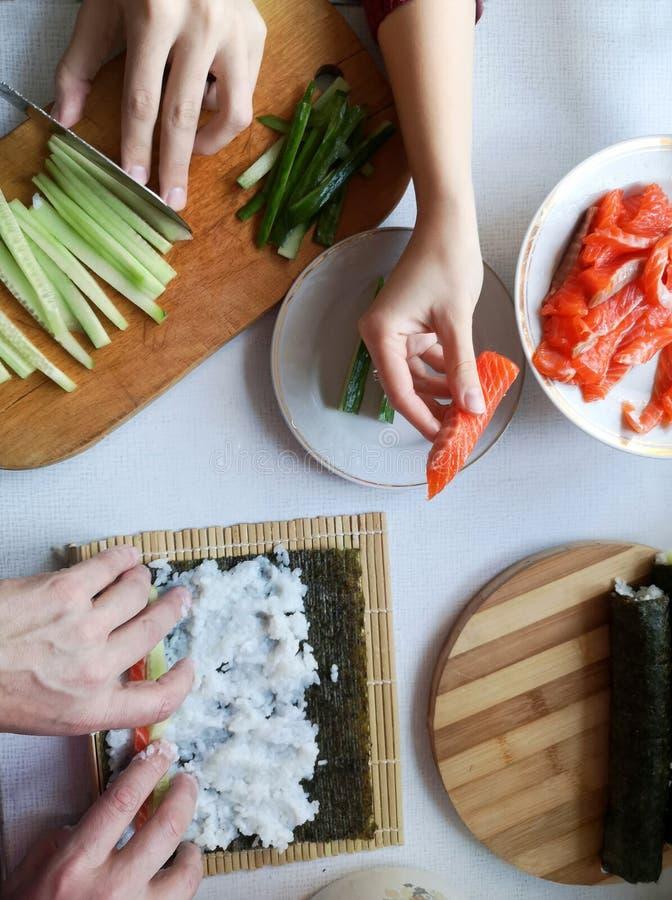 Smaklig hemlagad sushi arkivfoto