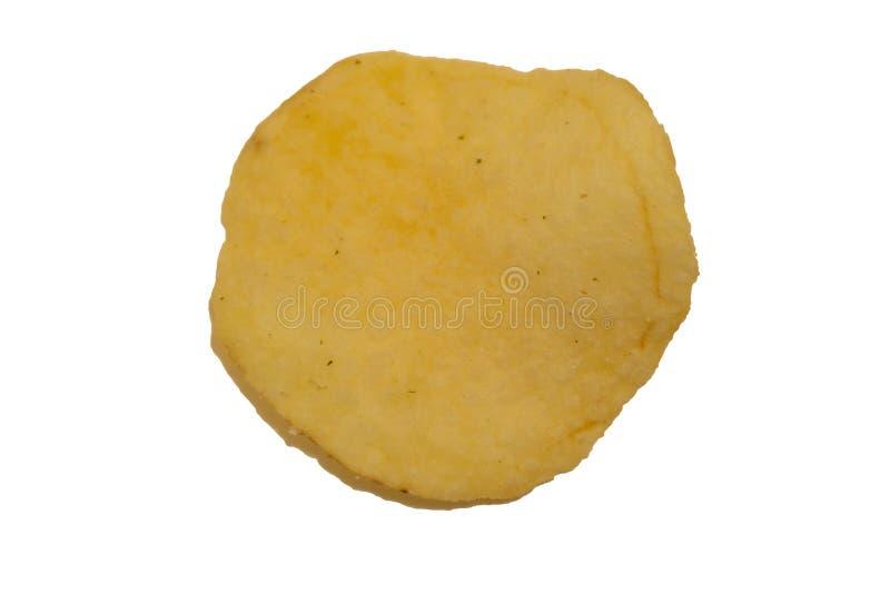 Smaklig ridged potatischip på vit bakgrund arkivbild