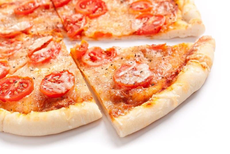 Smaklig skivad pizza royaltyfria foton