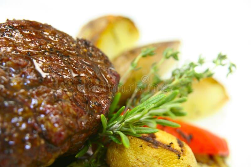 smaklig steak royaltyfria bilder