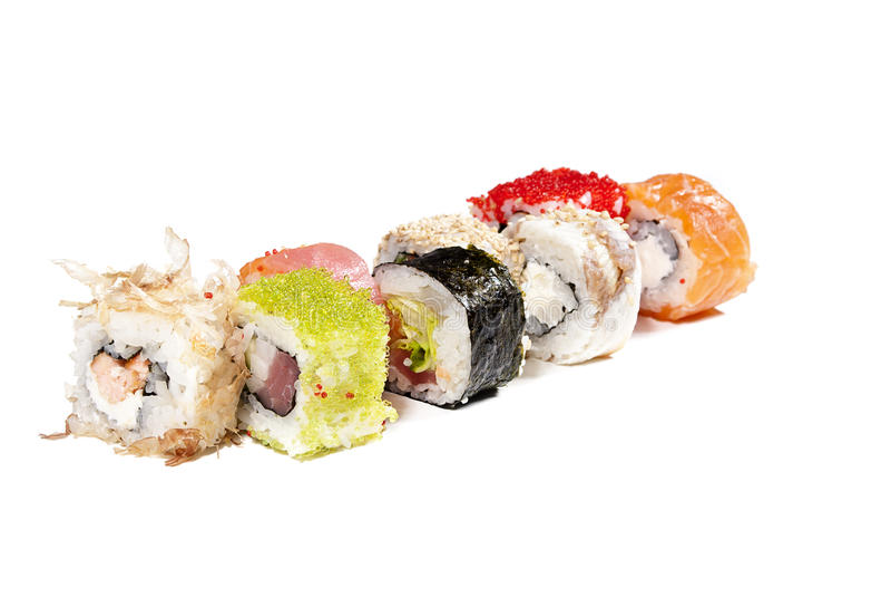 smakliga blandade färgrika isolerade sushi arkivbild