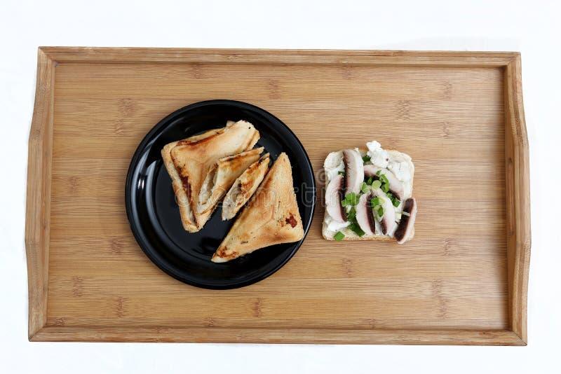 Smakliga smörgåsar med mashrooms royaltyfria bilder