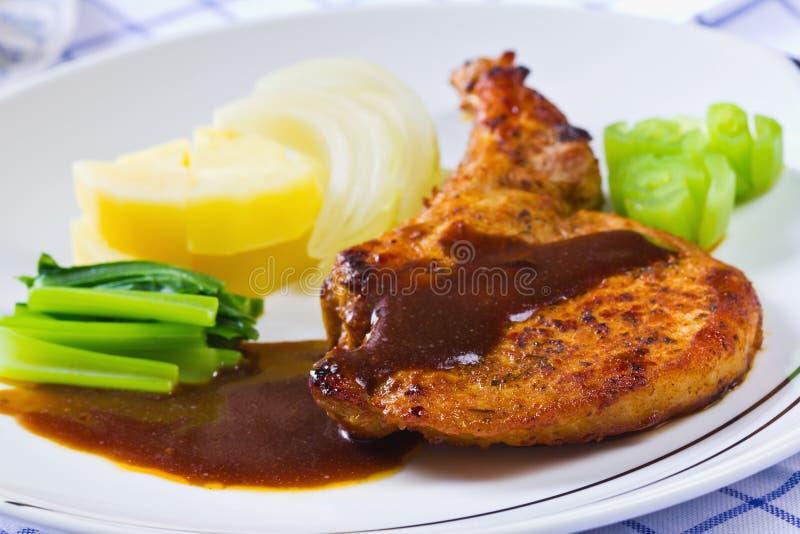 smakosz piec na grillu marynowany wieprzowiny ziobro stek zdjęcia royalty free