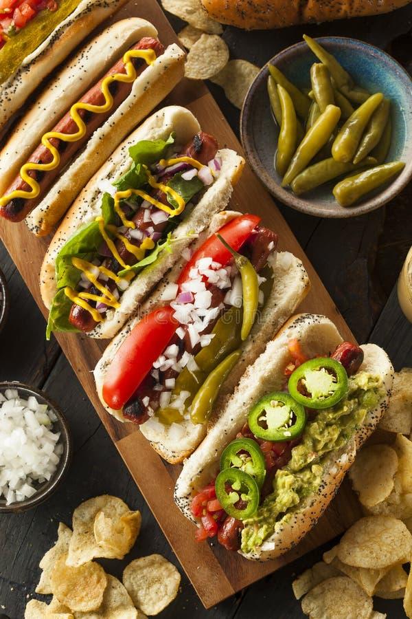 Smakosz Piec na grillu Wszystkie wołowiny Hots psy zdjęcia stock