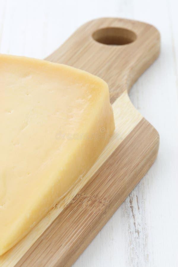 Smakosz starzejący się cheddaru ser obraz stock