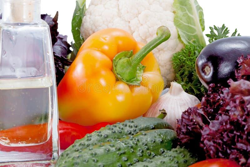 Smakowici świezi warzywa dla sałatki obraz royalty free