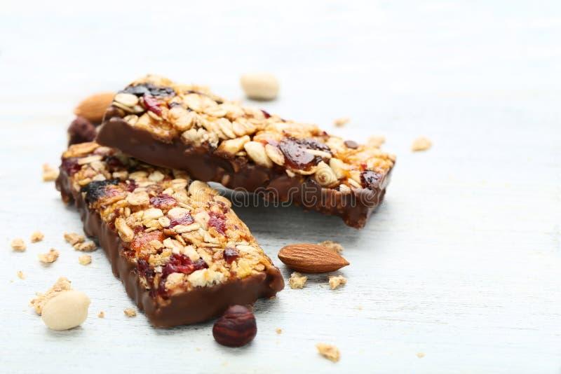 Smakowici granola bary zdjęcia stock